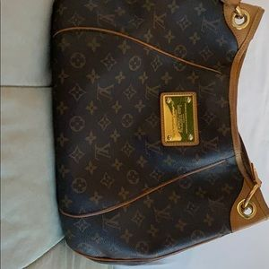 Louis Vuitton Manogram Galilera